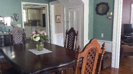 Fair Haven, NY: Dining Room