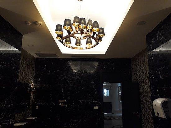 Sunis Efes Royal Palace Resort Hotel & Spa: Lavabo