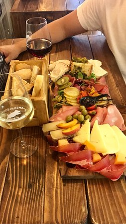 Fuorinorma: Fabulous food, great little find and a must try for Meat, cheese and Wine lovers. What more coul