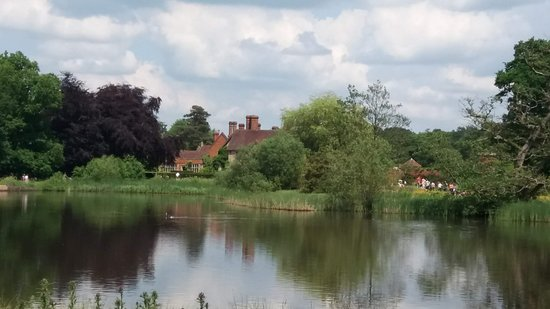 Packwood House: over the lake