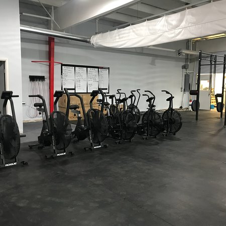 ASDC CrossFit : ASDC HAS UPGRADED TO A NEW LOCATION :) So many new cool toys to challenge athletes on all levels