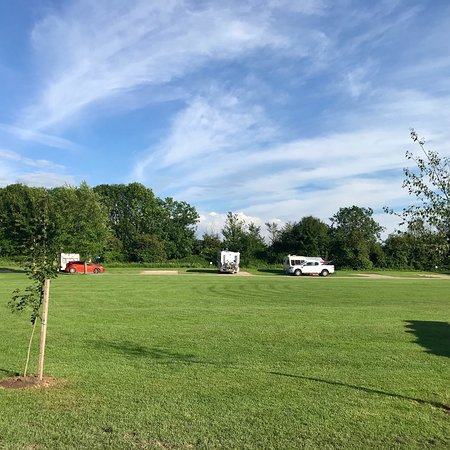 Tudor Caravan Park : A beautiful May break. 😊