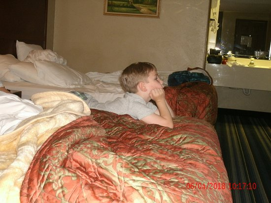 Days Inn by Wyndham Branson/Near the Strip: A five year old boy