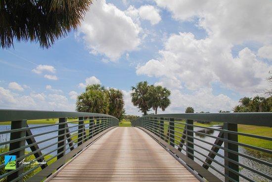 Jupiter, FL: Bridge between hole 2nd & 3rd