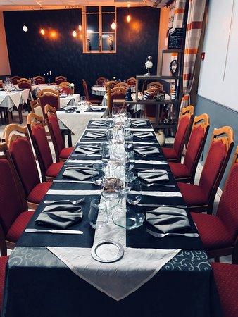 Auberge du Cheval Blanc: 10 la salle du restaurant