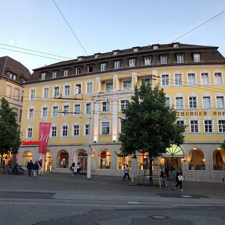 Hotel Wurzburger Hof ภาพถ่าย