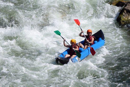Rafting Evasion: Cano-raft