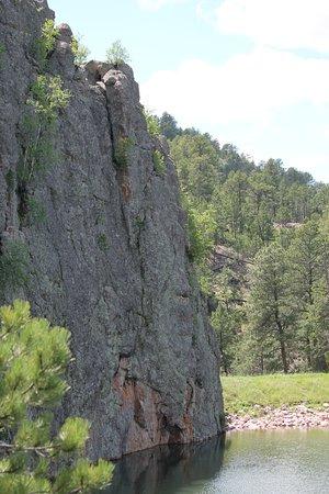 คัสเตอร์, เซาท์ดาโคตา: Steep Rocks