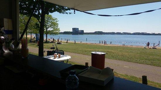 Kraaijenbergse plassen: Heerlijk strandje