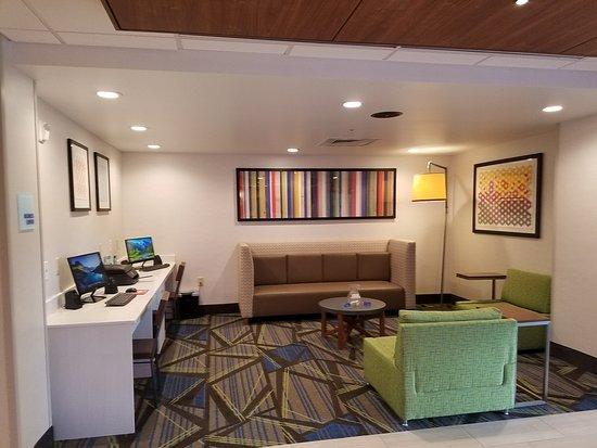 Lobby – Holiday Inn Express Hotel & Suites - Daphne-Spanish Fort, Daphne fényképe - Tripadvisor