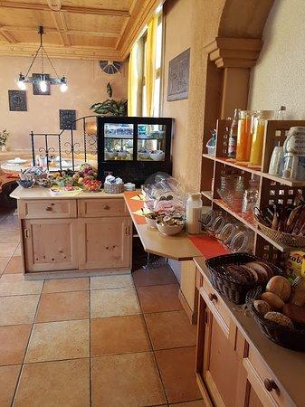 Hotel Alt Heidenheim: Frühstücksbufee