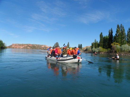 Sendas Patagonicas: Colores de río