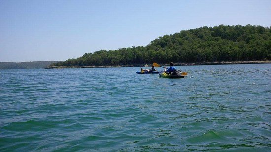 Garfield, AR: Beaver lake Kayaking (10 mins away)