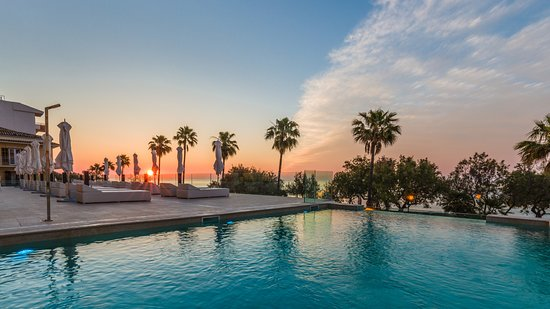 Caleia Talayot Spa Hotel: Infinity pool