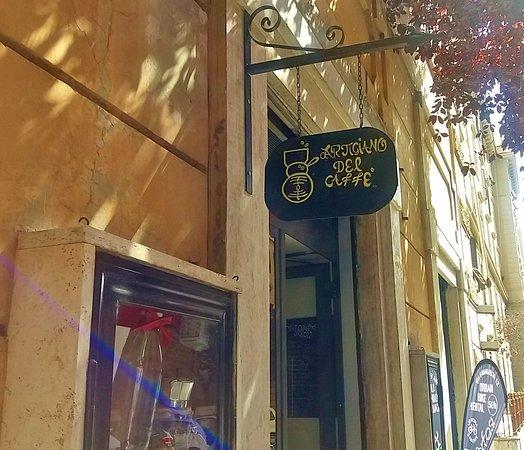 Artigiano del Caffe : insegna