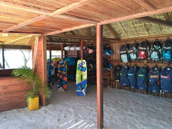 Ocean Lodge Kite & Windsurf: club Ginkiteboarding