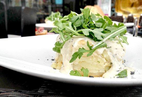 Pastel de patata trufado del restaurante Monty's en Madrid