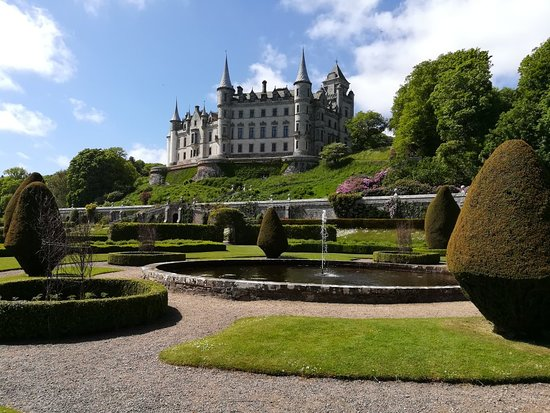 Dunrobin Castle and Gardens照片