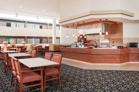 Ramada By Wyndham Owensboro Prices Hotel Reviews Ky