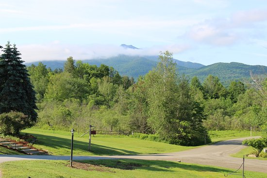 Sterling Ridge Resort : View of Mt. Mansfield from the Office.