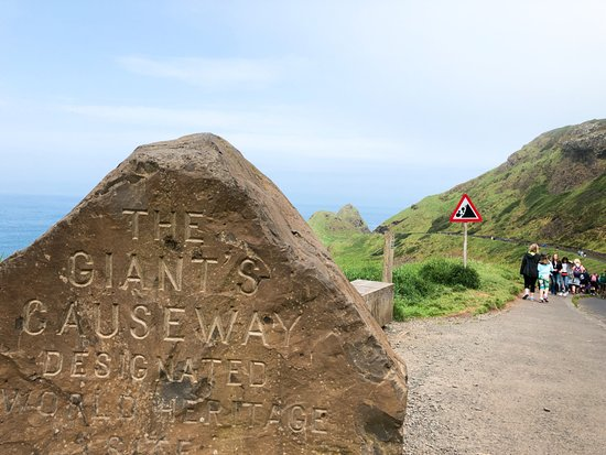 Giant's Causeway: Beginning of the trail