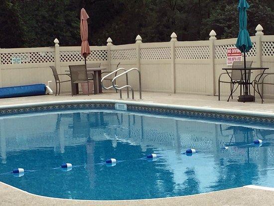 Artillery Ridge Campground : Brand new heated in ground swimming pool at Artillery Ridge Camping Resort