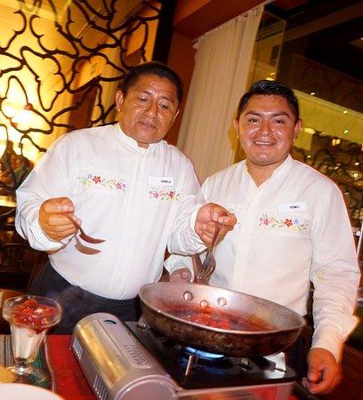 Moon Palace Cancun : Caporales Fornellini , Cornelio waiters- fun guys,
