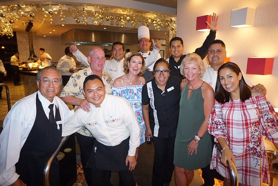 Moon Palace Cancun : After the chef's dinner- photo with everyone and with Monica Damian -dinner organizer