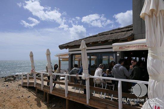 El Paradise Beach Club: Nuestros accesos