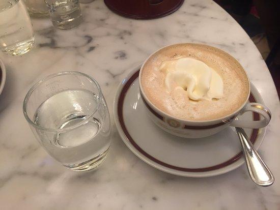 Cafe Sacher Wien: Cream Coffee