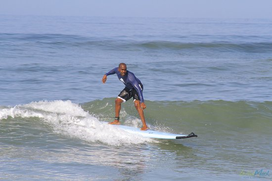 WildMex Surf and Adventure: first good wave