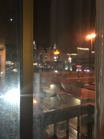 OYO Las Vegas Hotel and Casino : City View