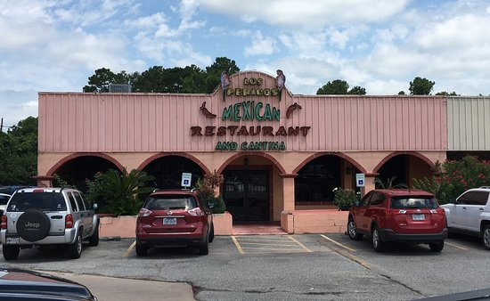 Restaurant Exterior and Entrance