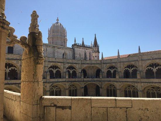 อารามเจโรนิโมส์: intérieur du monastère