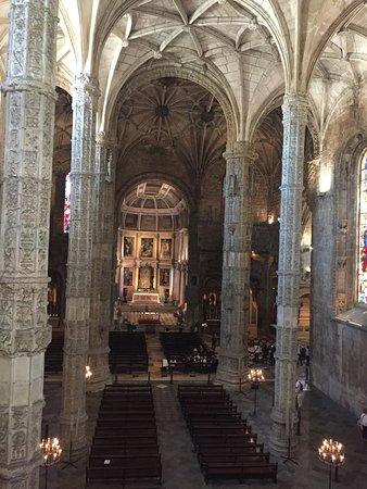 อารามเจโรนิโมส์: l.Église du monastère