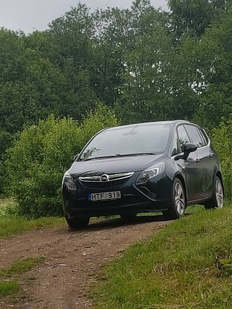 MG Voyages: My car for your service OPEL ZAFIRA MPV TOURER
