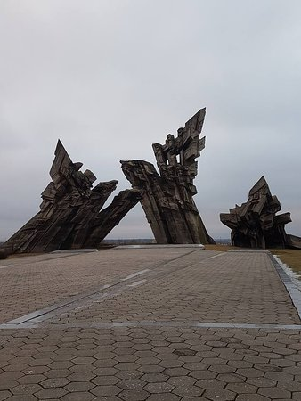 MG Voyages - Day Tours: Memorial in IX fort in Kaunas