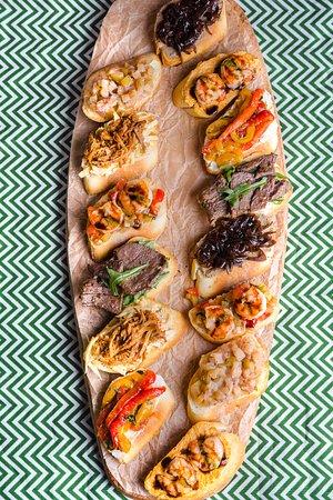 Paella Marbella : Разнообразие испанских тапас!