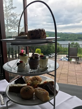 Beech Hill Hotel & Spa: Afternoon Tea with a view!