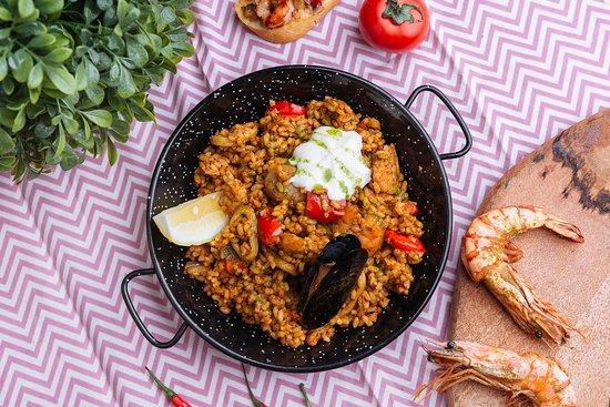 Paella Marbella : Паэлья с морепродуктами