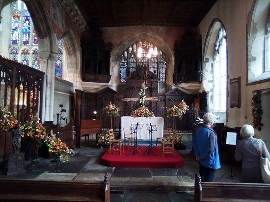 The Parish Church of St Thomas and St Edmund照片