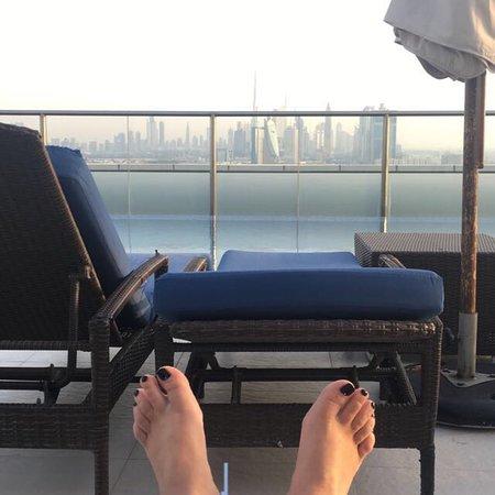 Park Regis Kris Kin Hotel: Piscine sur le toit au top vue magnifique