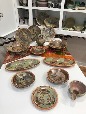 Fern and Dina's Gallery & Gifts: Ken Sedberry Woodfired Ceramics