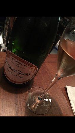 Vinobar Il Teatro: Champagner