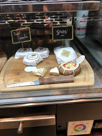 Grand Café Malarte: מבחר גבינות