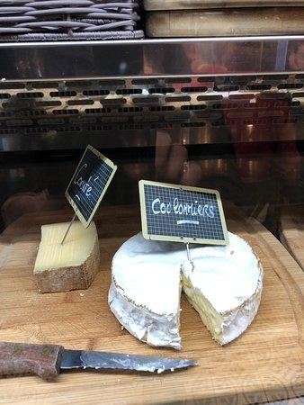 Grand Café Malarte: גבינות צרפתיות