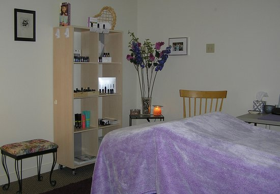 Heaven Can Wait: Massage & Meditation: Featuring doTerra certified pure therapeutic grade essential oils at NO extra charge