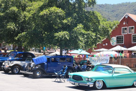 Oak Glen, CA: The ranch holds an annual car show in July.