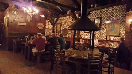Carmella S Plates Pints Dining Room