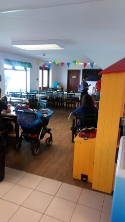 Old MacDonald's Farm: Cafe Seating